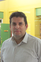 Académicos del Departamento en Maderas postulan, al IV Concurso de Equipamiento Científico y Tecnológico Mediano (FONDEQUIP)